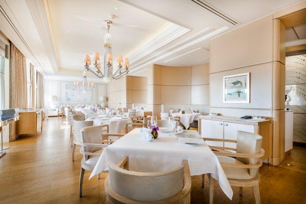 sbm hh restaurant vistamar 0020 595x397 - Hôtel Hermitage - Restaurant Vistamar