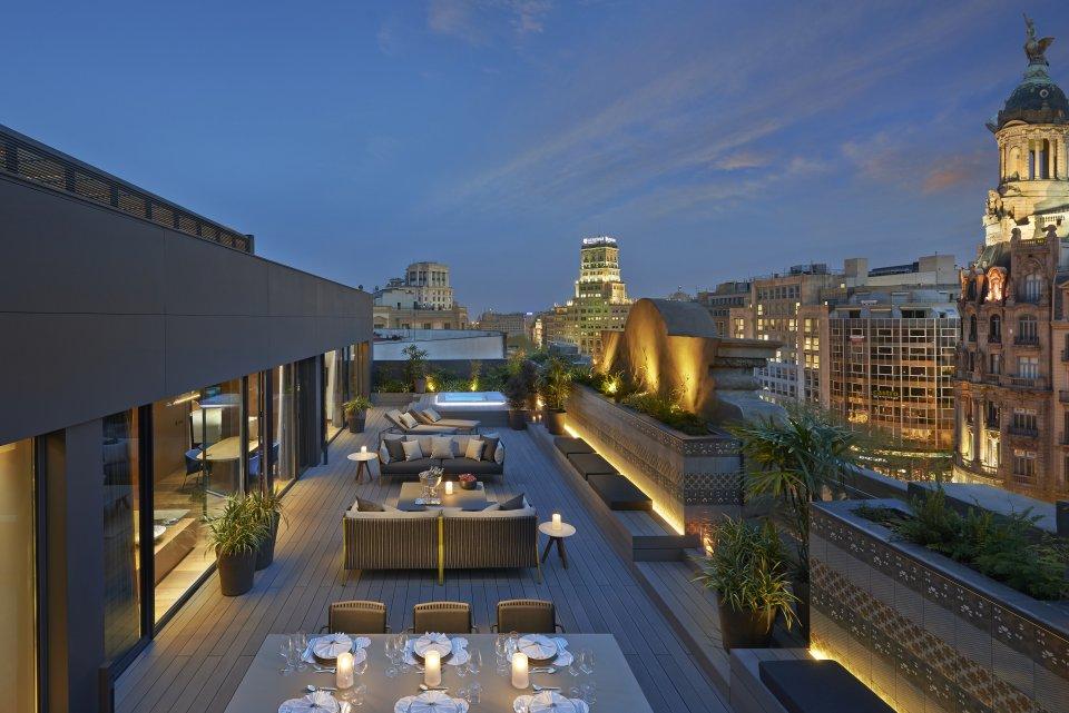 TERRAZA NOCHE42.Mandarin Oriental Barcelona Barcelona Suite Outdoor Terrace 960x641 - The Mandarin Oriental
