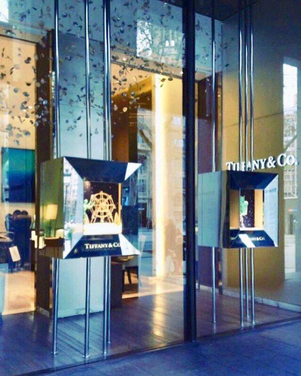 Escaparate tienda Tiffany 595x743 - Escaparate tienda Tiffany