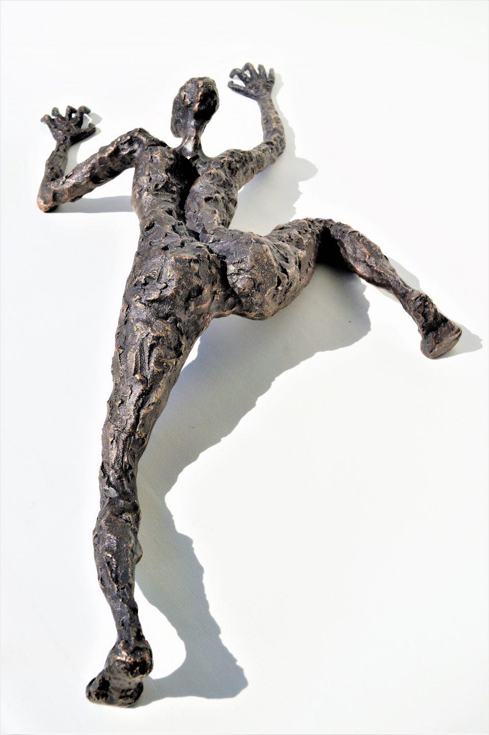 LINÉ Strenght 60 cm L 960x1444 - Bronze Sculptures of Liné Ringtved Thordarson