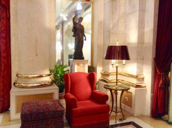 IMG 8061 595x444 - Avenida Palace Hotel in Lisbon