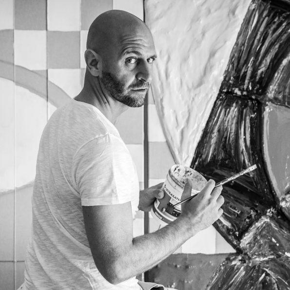 Cesare Catania is the most important contemporary artist 595x595 - Cesare Catania Monaco Exhibition
