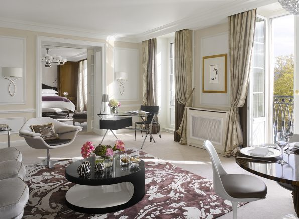 FS Presidential Suite 314 Living Room 595x436 - Four Seasons Hotel Des Bergues, Geneva