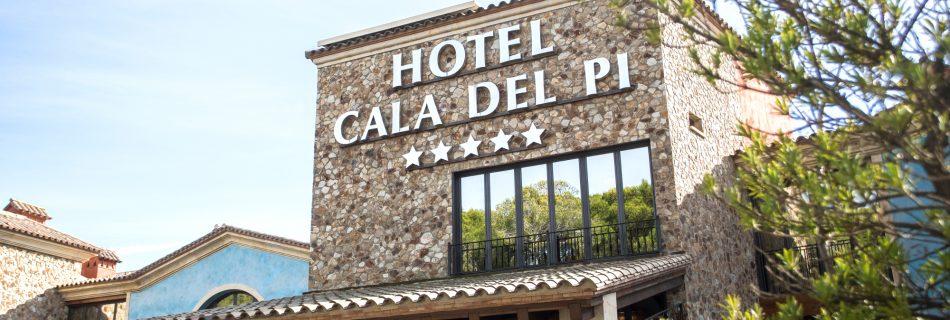 aurum restaurant 13 950x320 - Hotel Sallés Cala del Pi in Costa Brava
