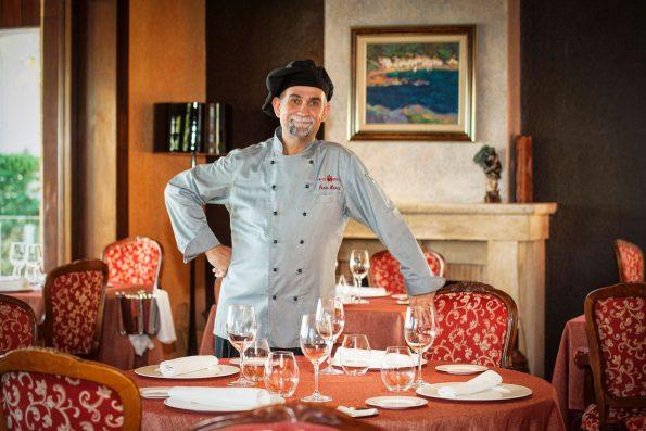 aurum restaurant 20 595x397 - Hotel Sallés Cala del Pi in Costa Brava