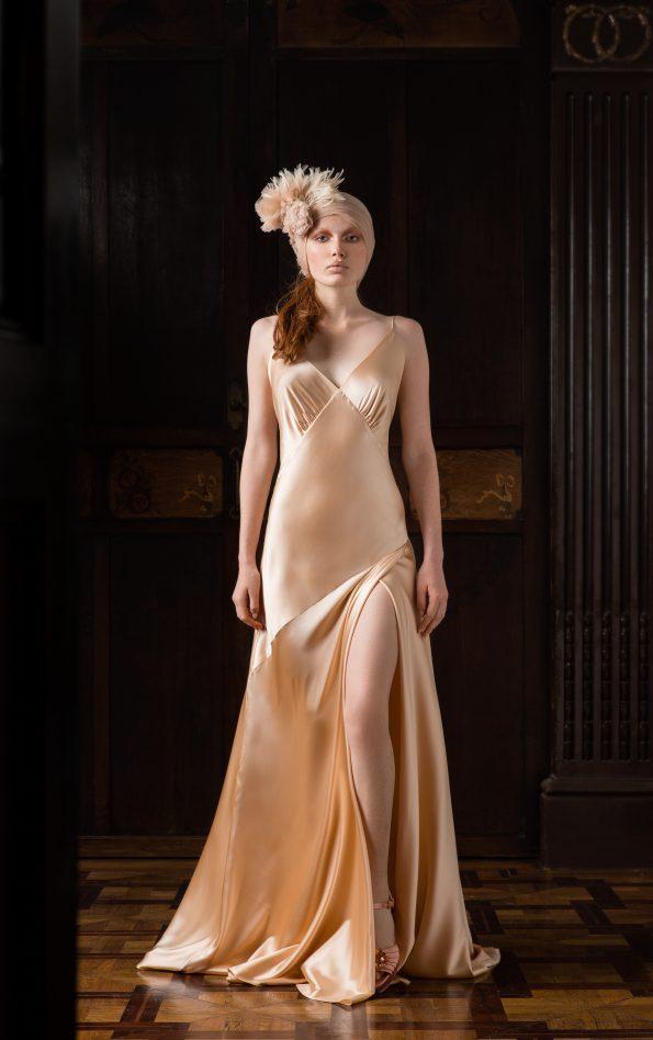 ELOIS 595x948 - Victoriano Simón Urban Haute Couture Designer