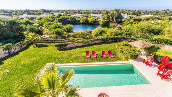 essaouira villa mamouna 16653056535a54d58fe7e367.83329728.1366 595x335 - The charm of the  Mamouna in Morocco