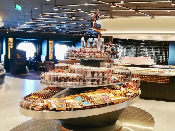 IMG 20190412 104503 595x446 - MSC BELLISSIMA, the new jewel of MSC Cruises