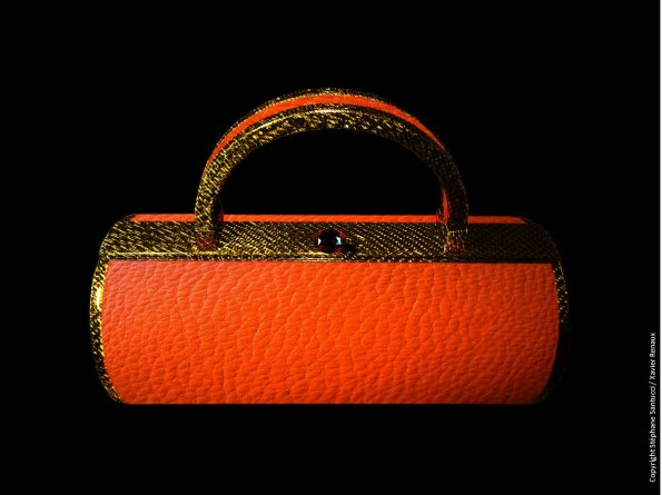 Bag vue de face Carbone Fil Or Vachette orange Rubis 595x445 - Stéphane Santucci,  the sensuality of a luxury leather good brand