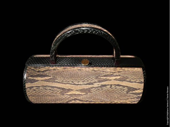 Bag vue de face Cobra Bois de Fer 595x446 - Stéphane Santucci,  the sensuality of a luxury leather good brand