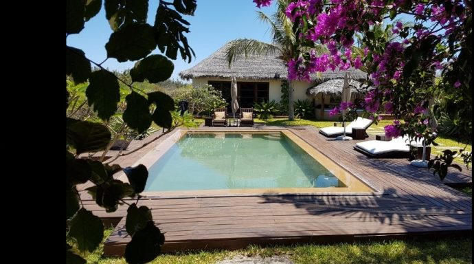 2 pool 690x384 - Chuiba Bay Lodge, a private paradise in Mozambique