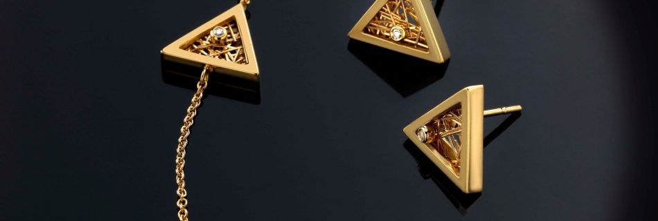 "78128465 441644939856219 3592822164094451712 n 950x320 - Anastazio Jewellery presents its new collection ""Amazing Triangles"""