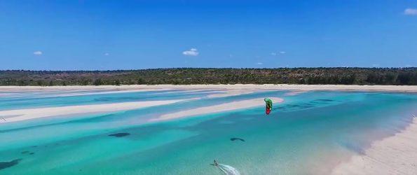 chuiba bay lodge beach 595x250 - Chuiba Bay Lodge, a private paradise in Mozambique