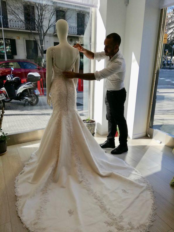 IMG 20200213 120835 595x793 - Jorge Terra, Haute Couture Fashion Designer and Artist