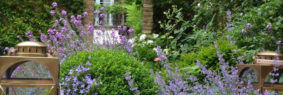 05.920 Miers Brunswick 22 950x320 - Richard Miers British Garden Designer