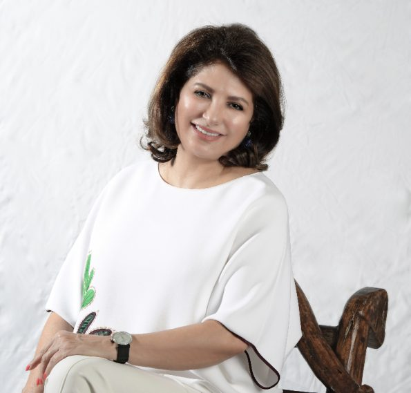 DSC 8068 pp 595x569 - Nabeela Al Khayer the artist that creates stories of magical colors
