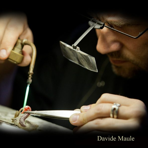 Davide Maule 595x595 - Davide Maule: Artist and Master Goldsmith of exclusive jewels