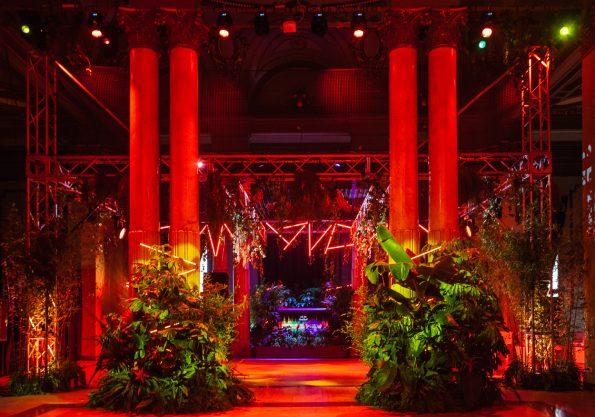 latelierdelasflores evento redbull  neima pidal 001 595x417 - L' Atelier de las Flores: Frédéric Martin, the exquisite event & wedding designer that loves flowers