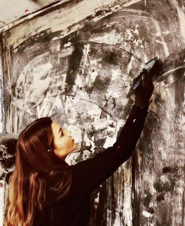 32562E17 C454 447B 8B8C 49FDC3B65C23 1 201 a 595x727 - Emma Stüffe, the Swedish abstract artist that puts her feelings in each artwork