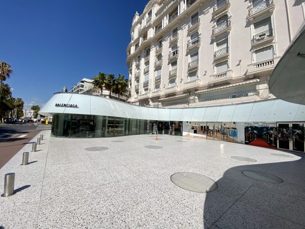 IMG 0765 595x446 - Cannes, the chic and elegant city of the French Riviera