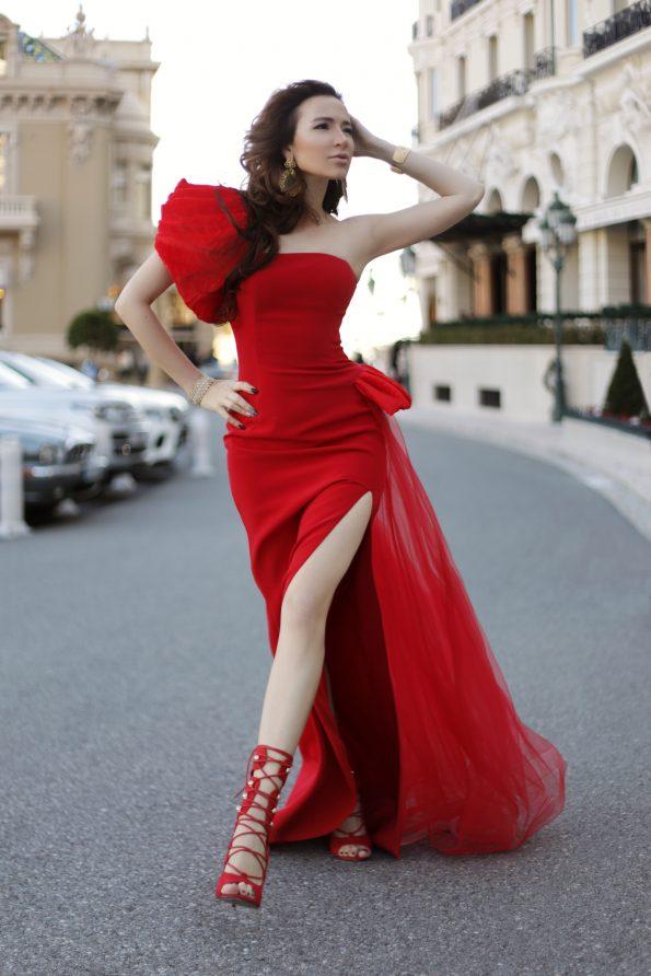 img 1529 595x892 - Yulia Berisset, famous luxury lifestyle blogger and High End Jewelry Ambassador