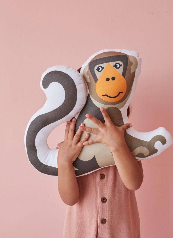 Bibu monkey cushion amb 595x819 - Bibu, the creative and sustainable luxury of interior design for children