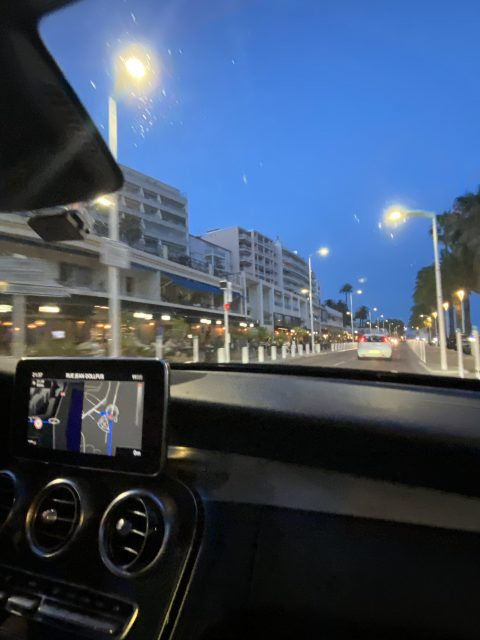 IMG 1644 480x640 - Cannes, a luxurious city that also offers charming corners